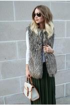 white BCBG shirt - dark brown faux fur vest Forever 21 vest