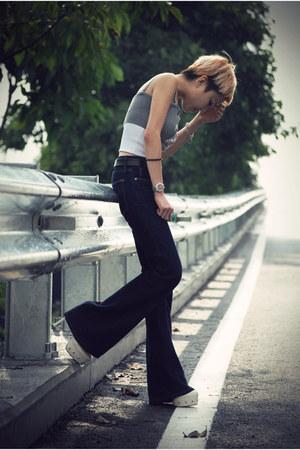 navy flare Gap jeans - heather gray Sisley top