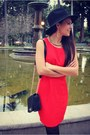 Black-wool-nasty-gal-hat-red-red-shop-excess-baggage-dress