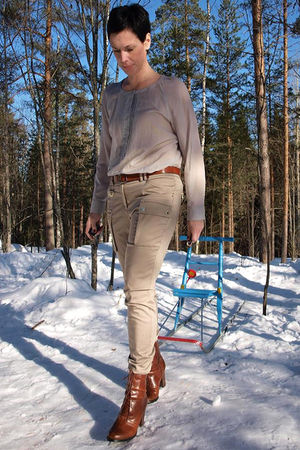 silver H&M blouse - brown H&M boots - brown H&M belt - beige lindex pants