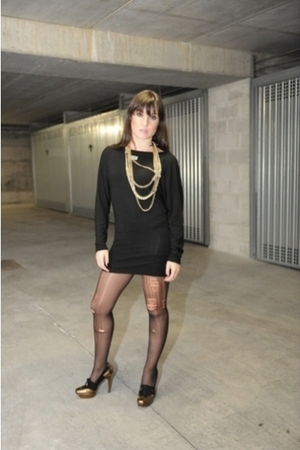 black vintage dress - gold Gucci shoes - white Chanel accessories - gold Handama