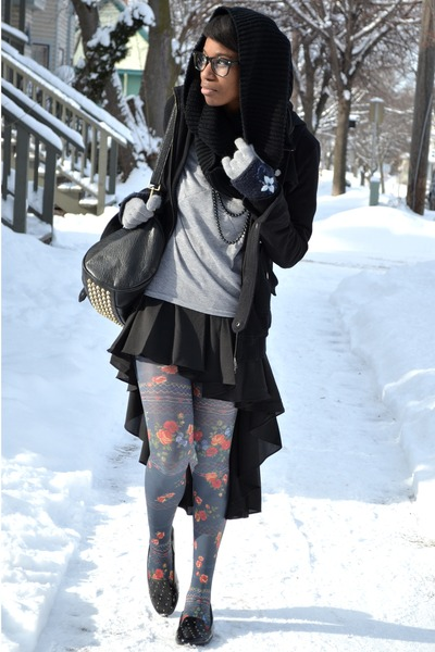 black Chicwish skirt - blue floral modcloth tights