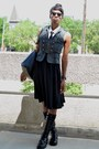 Black-vj-style-bag-black-pocket-modcloth-skirt-gray-thrifted-vest