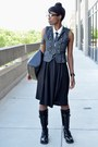 Black-hot-topic-boots-black-vj-style-bag-black-pocket-modcloth-skirt
