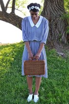 brown picnic basket thrifted bag - navy vintage dress