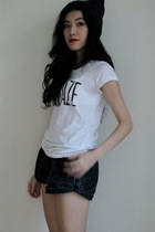 white cotton Club Monaco t-shirt - charcoal gray bunny ears momo hat