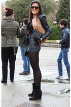 Zara jacket - Zara shirt - Zara bag - H&M shorts - Mang gloves