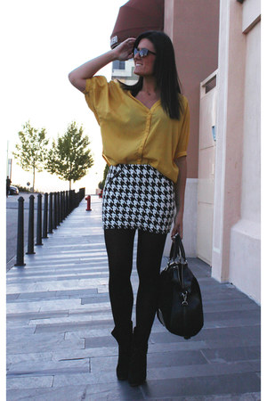 Zara skirt - Stradivarius blouse