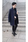 Black-zara-boots-navy-zara-coat-black-mango-bag-black-zara-pants