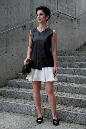 white textured Front Row Shop skirt - black Zara bag - black leather Zara blouse