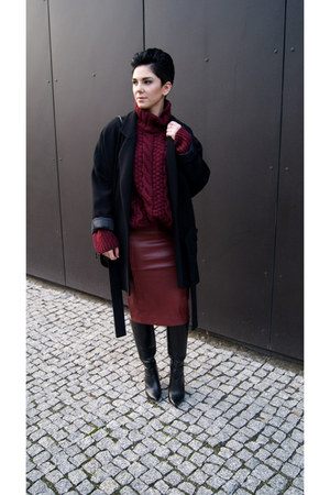 crimson leather Choies skirt - black Zara boots - black Zara coat
