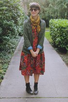 ruby red paisley Mousevox Vintage dress - olive green utility H&M jacket
