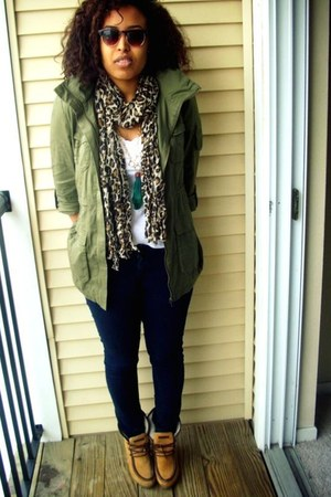 dark green H&M jacket