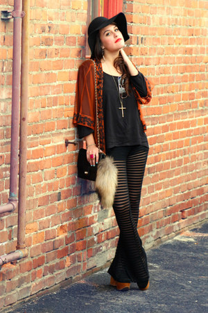 black American Gold pants - tawny Kaityln cape