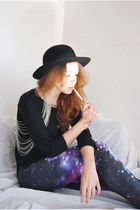 vintage store in london hat - galaxy print Miss Selfridge leggings