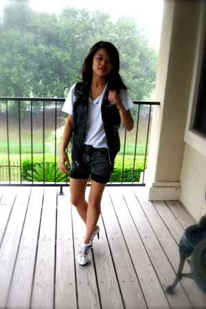 Zara vest - Hanes shirt - American Apparel jeans - promiscuous shoes
