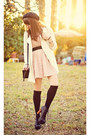 Light-pink-lace-forever-21-dress-white-long-forever21-coat