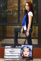 black jeans - white shirt - black boots - periwinkle Warhol bag