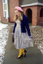 periwinkle vintage dress - bubble gum Paris hat - light yellow Target tights