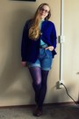 Navy-vintage-sweater-light-blue-vintage-blouse