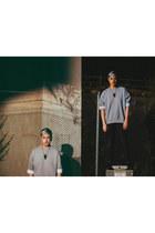 dark gray DKNY jeans - heather gray Jerzees sweatshirt