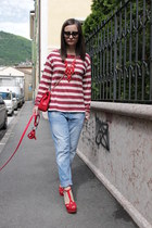 red Love Moschino bag - sky blue Zara jeans - black Prada sunglasses