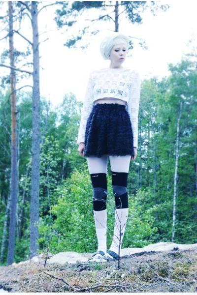 white crop top Mind the Mustard top - black mini Mind the Mustard skirt