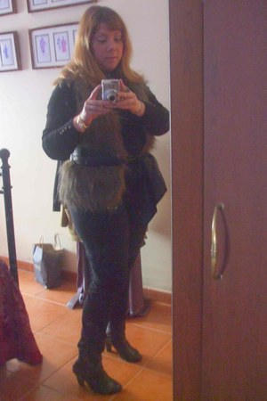 brown Promod fur vest - black Zara boots - black H&M pants - black pull&bear top