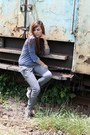 Navy-random-blouse-silver-stradivarius-pants-heather-gray-deichmann-sneakers