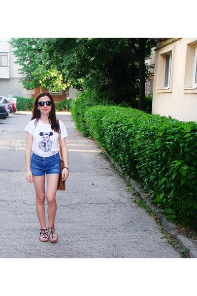 tawny leather random bag - navy c&a shorts - black Pepe Jeans sunglasses
