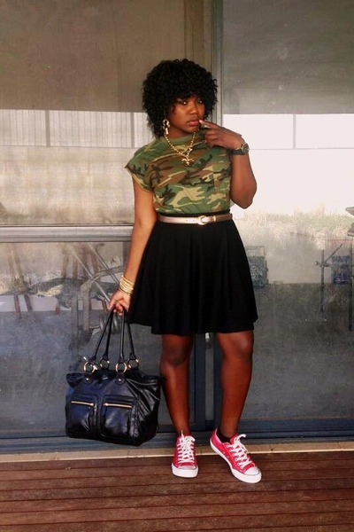 camouflage general pants t-shirt - oxblood Converse shoes - Diana Ferrari bag