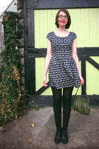 navy cat print H&M dress - black sweater - black wool J Crew tights