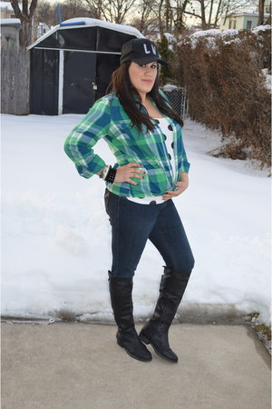 white polka dot Forever 21 t-shirt - black knee boots BP boots