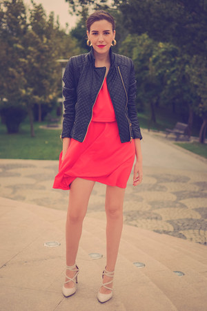red blackfive dress - eggshell Deichmann shoes - black PERSUNMALL jacket