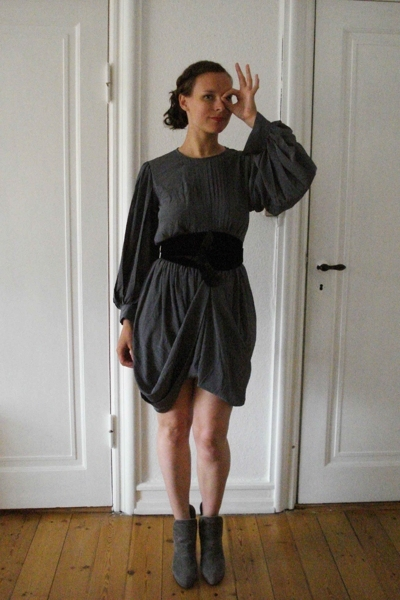 vintage from Ebay dress - H&M belt - Toklum boots
