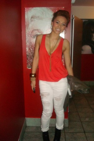 white Forever 21 jeans - red H&M top