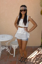 white Forever 21 top - American Eagle shorts