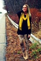 light brown asos leggings - mustard Charming Charlie scarf