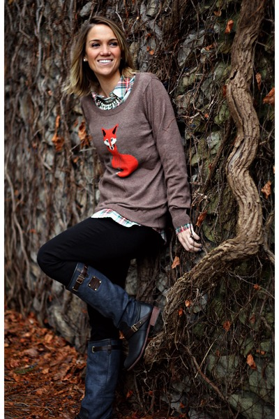 Camel-old-navy-sweater