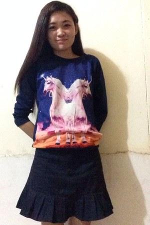 navy cotton Forever21 sweatshirt - navy denim skirt