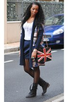 navy chanel bag bag - navy H&M skirt - navy H&M cardigan - beige Zara top