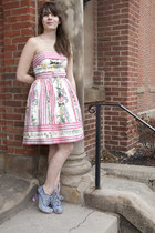 bubble gum betsey johnson modcloth dress - sky blue modcloth heels