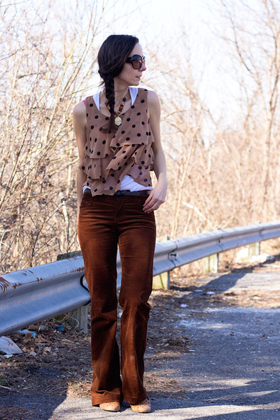 light brown Lush top - dark brown wide leg cords le chateau pants