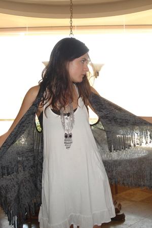 C3 dress - Forever21 vest - Forever21 accessories