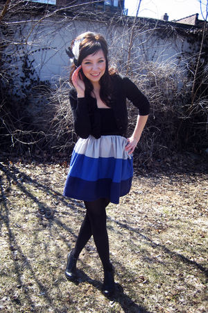 black H&M sweater - blue Marquis dress - black f21 shoes