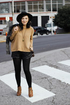 black Mink Pink shorts - bronze H&M sweater