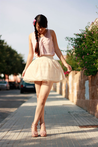 eggshell Bershka skirt - light pink bought in Shanghai heels