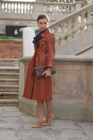 bronze leather vintage coat - navy Vila shirt - camel leather Zara skirt