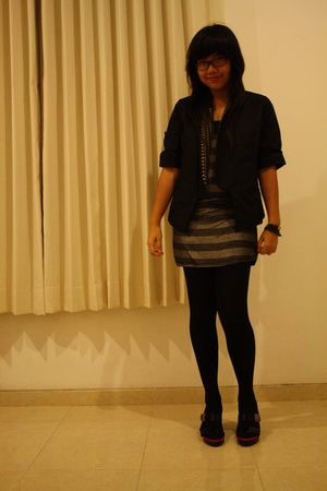 black elbelle blazer - gray Body and Soul dress - black stockings - Vincci shoes
