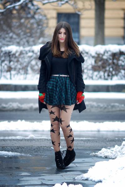 black wool Zara coat - neutral stars Claires tights - black cotton Mango t-shirt